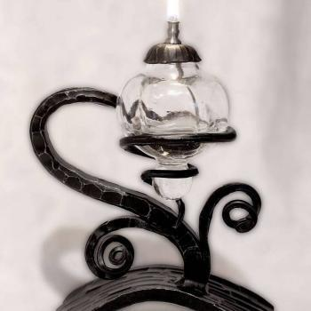Atelier Hlavina: Forged oil lamp 02 - Miloš Gnida