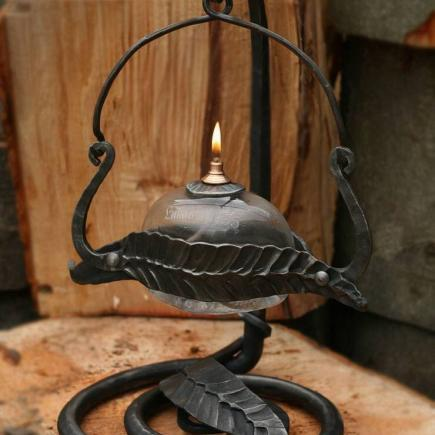 Atelier Hlavina: Forged oil lamp 03 - Miloš Gnida