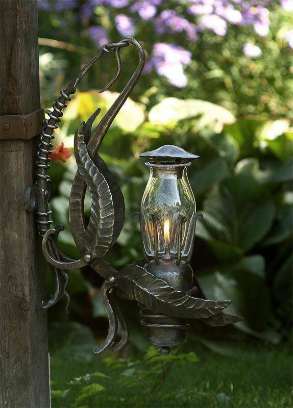 Atelier Hlavina: Forged oil lamp 05 - Miloš Gnida