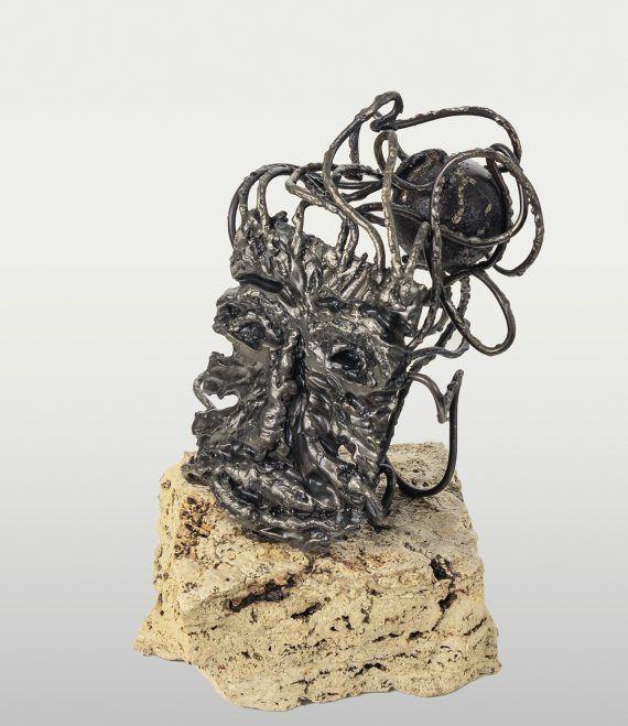 Atelier Hlavina: Peter Kuraj - Maska na skale