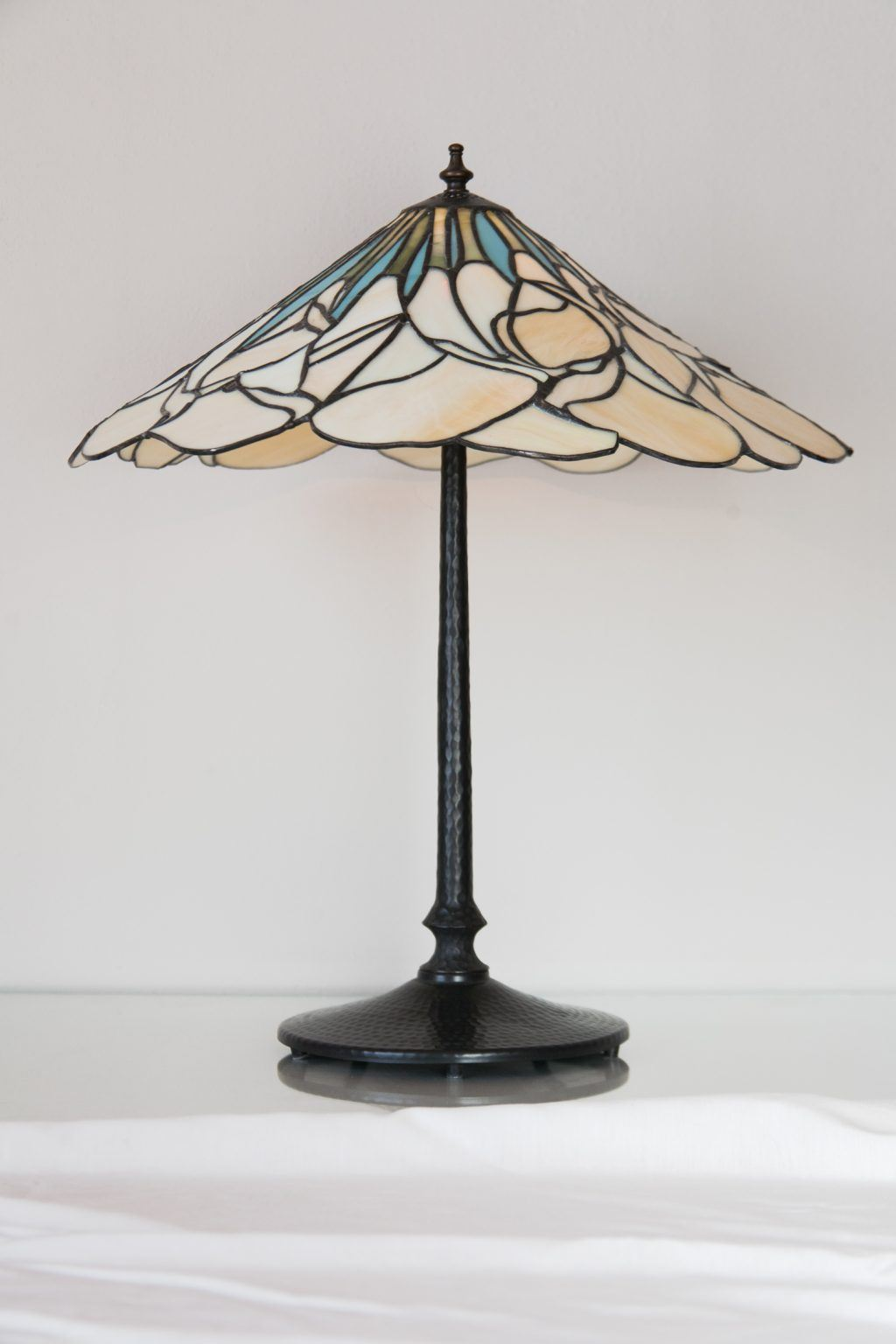 Atelier Hlavina: Darina Szöllösiová - Kaly - lampa